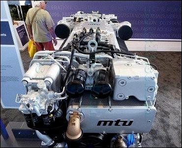 Fort Lauderdale International Boat Show 2014 - MTU Marine