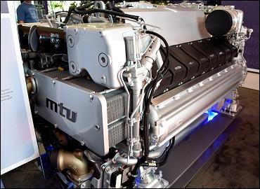 Fort Lauderdale International Boat Show 2015 - MTU Marine