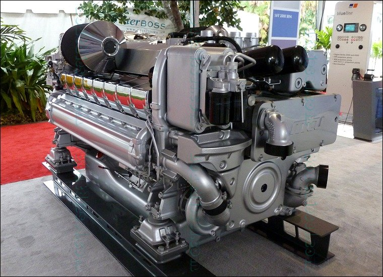 MTU 16V 2000 M94 Marine Diesel Propulsion Engine