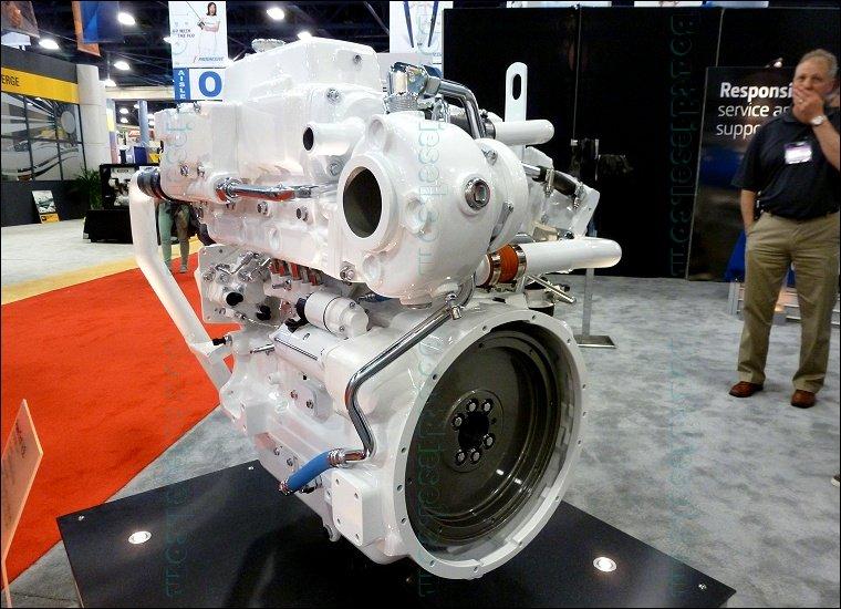 John Deere Boat : John deere afm marine diesel propulsion engine by