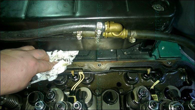 Volvo D C Mh Marine Diesel Engine Valve Cover Installation
