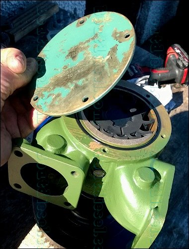 Volvo D12 D13 D16 raw water pump complete tear down and re build
