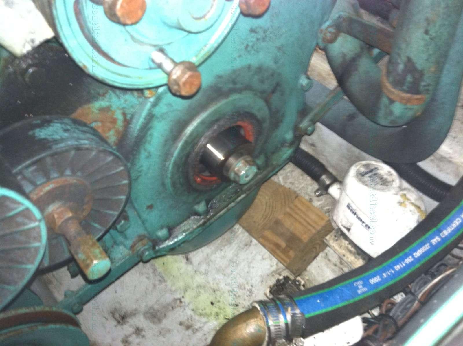 boatdiesel com forums need hub removal tool rh boatdiesel com 04 Volvo S40 Manual volvo penta ad41p workshop manual